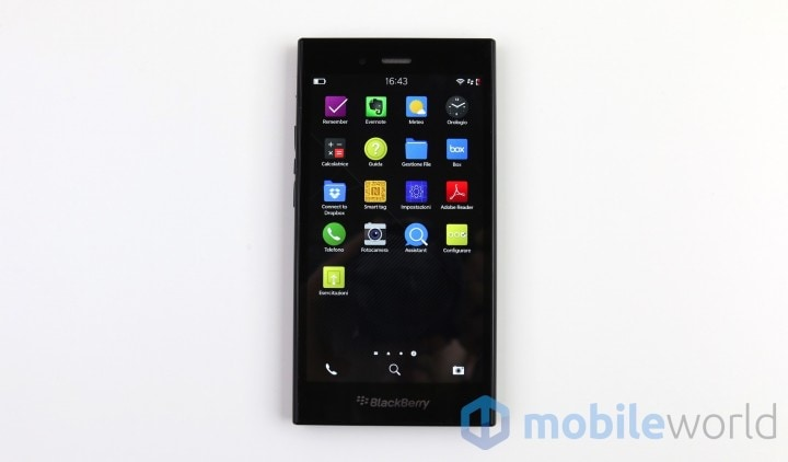 Blackberry Z3 02
