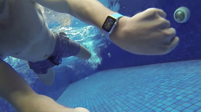 Apple Watch sott'acqua