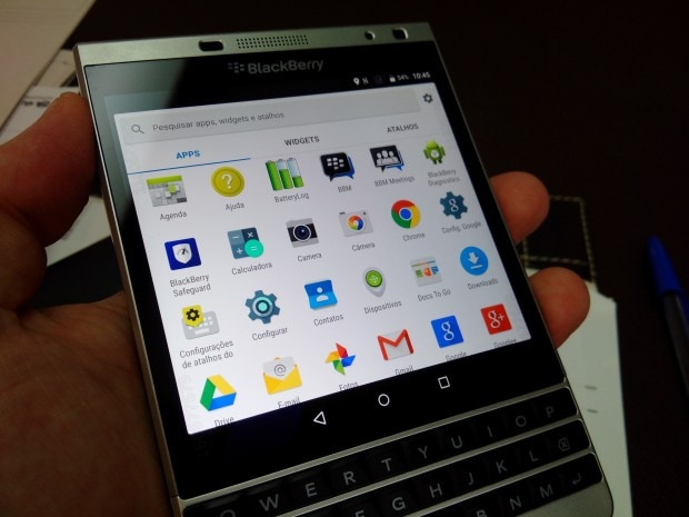 BlackBerry Passport Android - 1