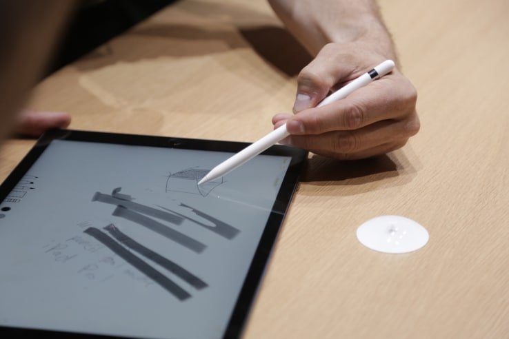 Apple Pencil hands on