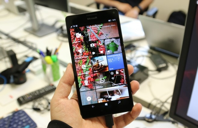Microsoft Lumia 950 XL ufficio final