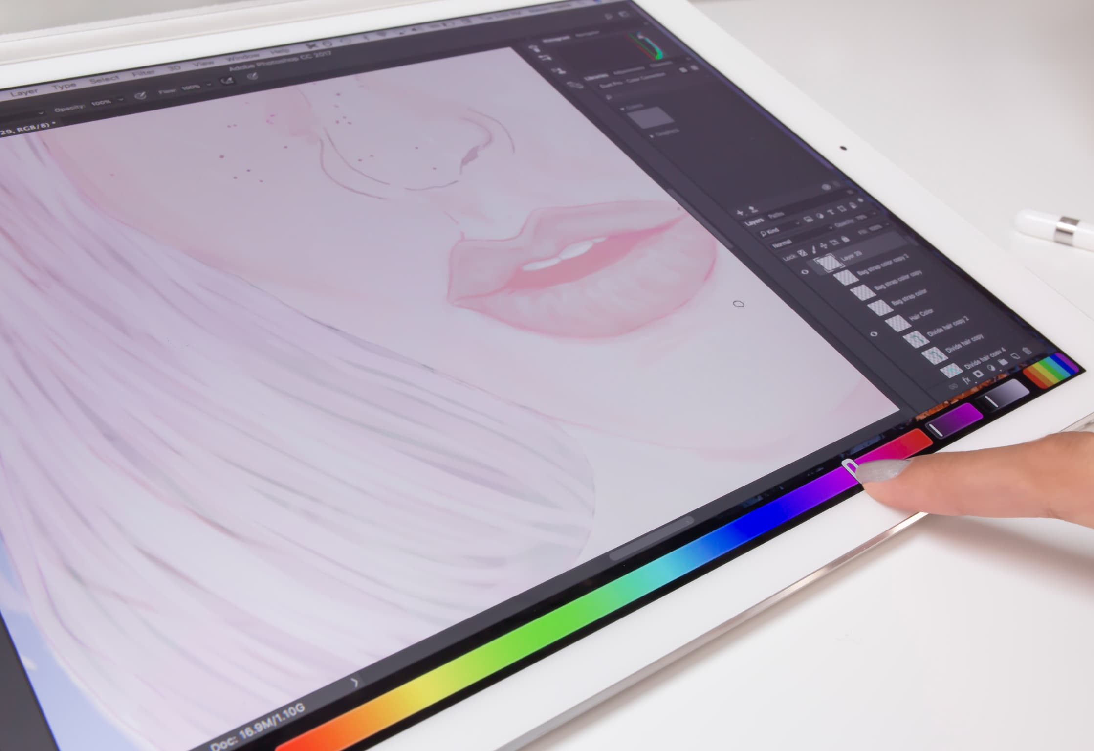 photoshop-touchbar-color-slider-7834