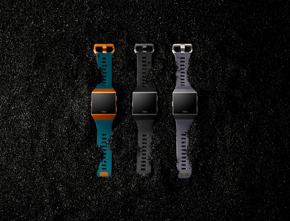 1 – Fitbit_Ionic_Core_Family_Shot11